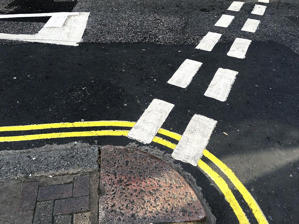 London, Strassenmarkierung