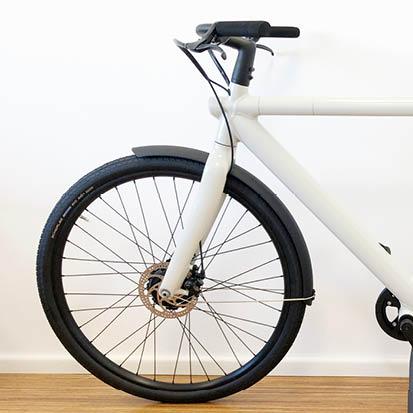 digital Radfahren: minimalistisches Design beim Smartbike